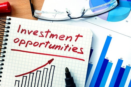 Factors to Consider Before Investing in a Company